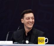 Fenerbahçe'nin Yeni Transferi Mesut Özil Açıklaması 'Çok Heyecanlı Ve Mutluyum'