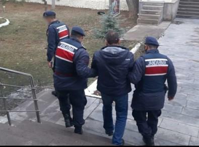 Hırsızlık Suçundan 3 Yıl 4 Ay Hapis Cezası İle Aranan Şahıs Yakalandı