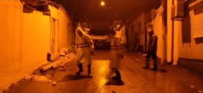 İzmir Büyükşehir Belediyesinden Gece Mesaisi