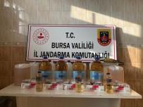 Kaçak İçki İmalathanesine Baskın, Çok Sayıda Kaçak İçki Ele Geçirildi