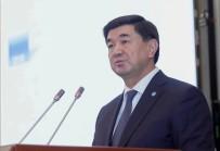 Kırgızistan'da Eski Başbakan Abılgaziyev, Yolsuzluktan Gözaltına Alındı