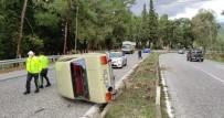 Kuşadası'nda Otomobil Takla Attı, Bir Kişi Yaralandı