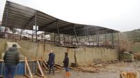 Manisa'da Düğün Salonu Yağmur Nedeniyle Çöktü