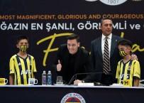 Mesut Özil, Fenerbahçe'ye Resmi İmzayı Attı!