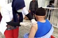 Osmaniye'de 80 Yaş Üzeri Vatandaşlar Aşılanıyor