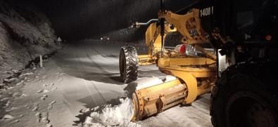 Aydın'da Karla Kapanan Yollar Açılıyor