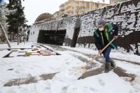 Odunpazarı Belediyesi Ekiplerinin Karla Mücadele Çalışmaları