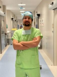 Op. Dr. İbrahim Alper Aksakal Veganları Uyarıyor Açıklaması Burun Estetiğine İlaçla Hazırlanın!