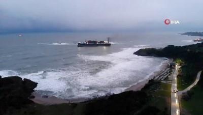 Riva'da Karaya Oturan Gemi İçin Sabah Saatlerinde Çalışmalar Yeniden Başlayacak