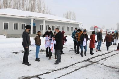 Ağrı'da 'Köy Halk Badminton' Projesi