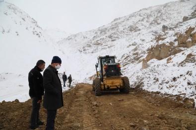 Başkale'de 30 Yıllık Yol Çilesi Bitti