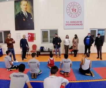 Başkan Alkan'dan Güreş Branşına Ziyaret