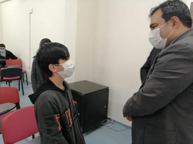 Başkan Balcı, Gençlik Merkezini Ziyaret Ederek Gençlerle Tanıştı
