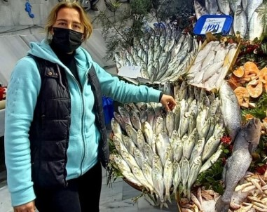 Bilinçsiz Avlanma Lüfer Balığını Bitiriyor