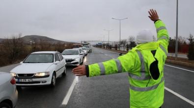 Elazığ'da Şehirler Arası Yollarda Kış Lastiği Denetimi, Kar Lastiği Olmayana İzin Verilmiyor