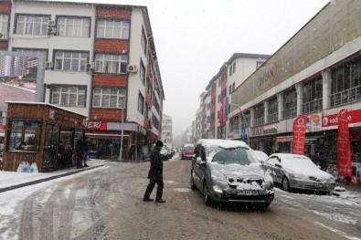 Gümüşhane'de Etkili Kar Yağışı