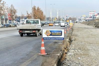 Şaşmaz Bulvarı'ndaki Trafik Sorunu Çözülüyor
