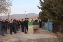 Kırşehir'de Vahşetin Ardından Cenazeler Defnediliyor