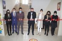 Ağrı'da 321 Okul Koridorunun Duvarları Yabancı Dil Görselleri İle Süslendi