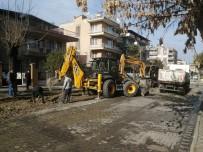 Salihli Belediyesi Ekipleri Yeni Yıl Kısıtlamasında Sahada Çalıştı