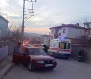 İki Otomobil Çarpıştı Açıklaması 2 Yaralı
