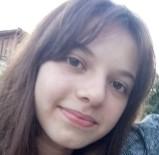 Başına 'Yorgun Mermi' İsabet Eden Genç Kız Yaşam Mücadelesini Kaybetti