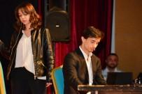 Büşra'dan Geriye Tiyatro Sahnesindeki Görüntüsü Kaldı