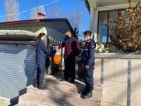 Jandarma'dan Şehit Ve Gazi Ailelerini Ziyaret