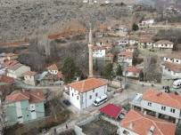 350 Yıllık Geçmişe Sahip Tarihi Cami Cuma Namazıyla İbadete Açıldı