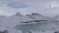 Çinli Bilim Adamları, Erimesini Yavaşlatmak İçin Buzulu Örtü İle Kapladı