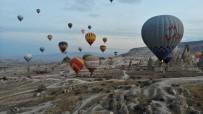 Kapadokya'da Balon Turları İptal Edildi