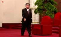 Dünya yine onu konuşuyor! Kuzey Kore liderinden sandaletli görüntü