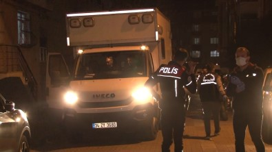 Avcilar'da 'Dur' Ihtarina Uymayan Süpheliler Polise Ates Açti Açiklamasi 1 Polis Yarali