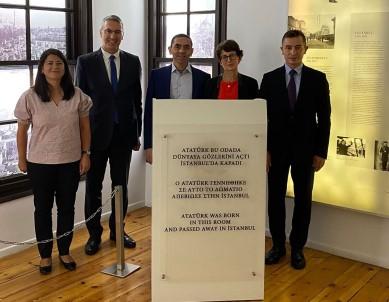 Biontech'in Kurucu Ortaklari Özlem Türeci Ve Ugur Sahin Selanik'te Atatürk Evi'ni Ziyaret Etti