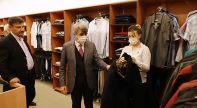 DPÜ Giysibank Yeniden Hizmet Vermeye Basladi