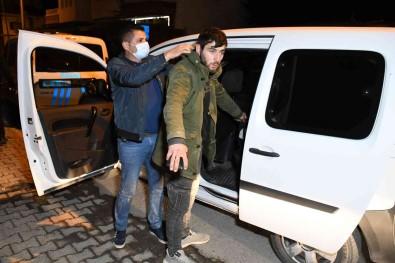 Insaattan Demir Çalan Sahis Kiskivrak Yakalandi
