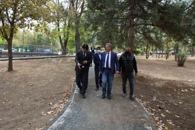 Isa Yusuf Alptekin Parki'nda Çalismalar Devam Ediyor