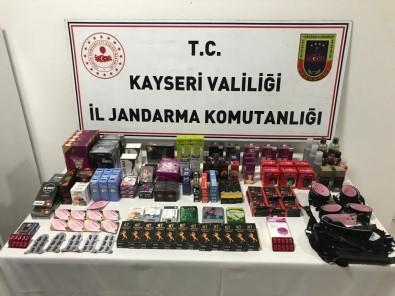 Jandarma Satisa Hazir Halde Cinsel Ürün Ele Geçirdi