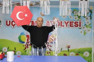 (Özel) Para Kazanmak Için Basladigi Uçurtmacilikta Türkiye'nin Ilk Müzesini Kurdu