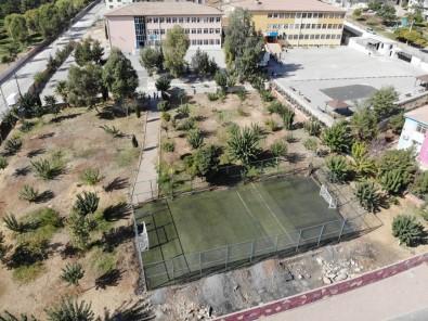Sanliurfa'da 12 Okula Hali Sahaya Projesi