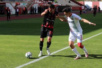TFF 3. Lig Açiklamasi Gümüshanespor Açiklamasi 0 - Karsiyaka Açiklamasi 0