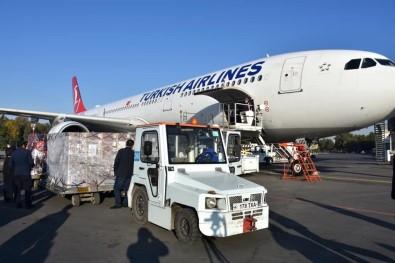Türkiye'nin Gönderdigi Asi Ve Ilaçlar Özbekistan'a Ulasti