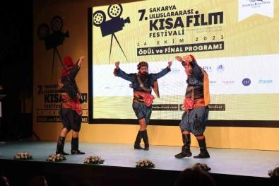 2 Bin 774 Film Arasindan Dereceye Girenler Ödüllerini Aldi
