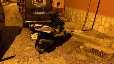 Emanet Aldigi Motosiklet Ile Uyusturucu Satarken Yakalandi