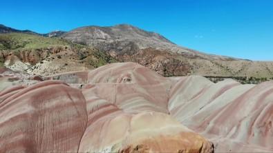 Gökkusagi Tepelerinin Essiz Manzarasi Görenleri Büyülüyor