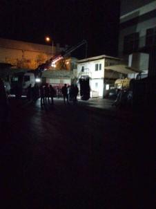 Sincan'da Forklift'in Altinda  Kalan Isçi Hayatini Kaybetti