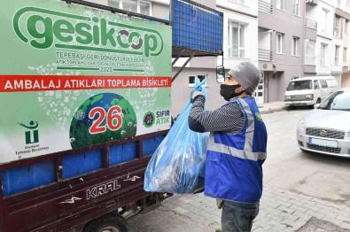 Tepebasi'nda Güvenle Çalisan Toplayicilar 1 Yilda 3 Bin Ton Atik Topladi