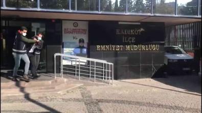 Uyusturucu Tasiyan Sahis Kadiköy'de Yunus Polislerince Yakalandi