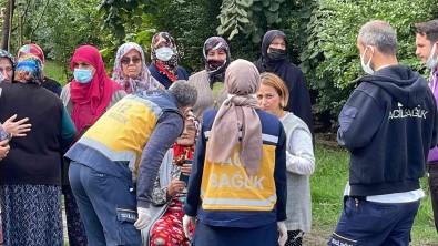 Yasli Kadin Mutfakta Yemegi Unutunca, Evde Yangin Çikti