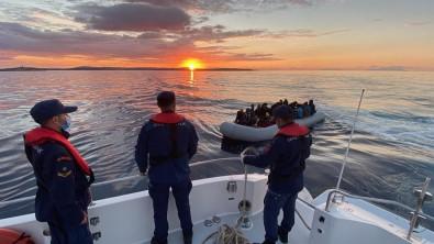 Yunan Unsurlarinca Geri Itilen 67 Düzensiz Göçmen Kurtarildi